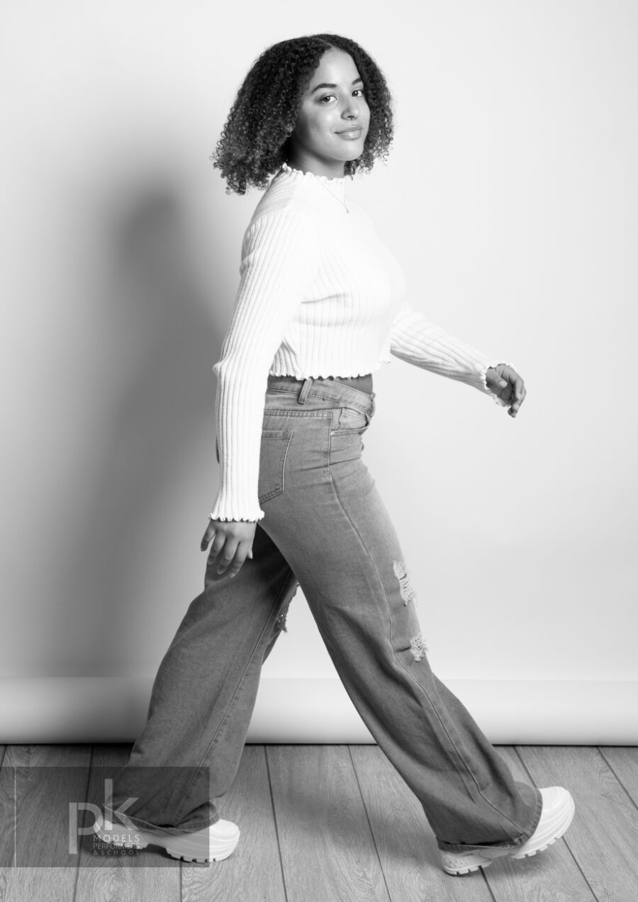 Georgiana-Performer-April21-5