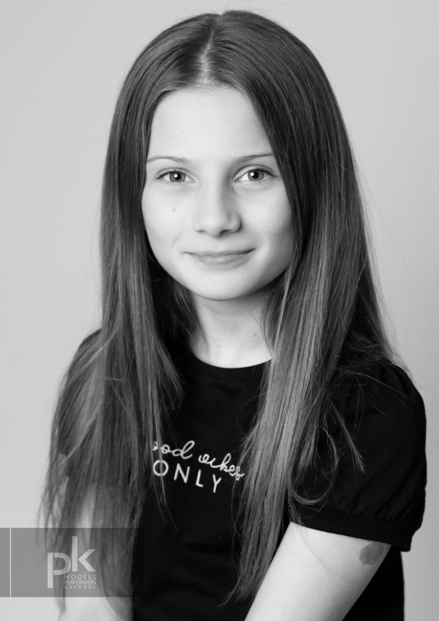 Chloe-Performer-October-1