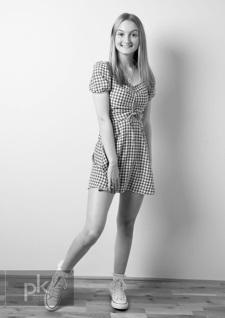 Lauren-Performer-December-8