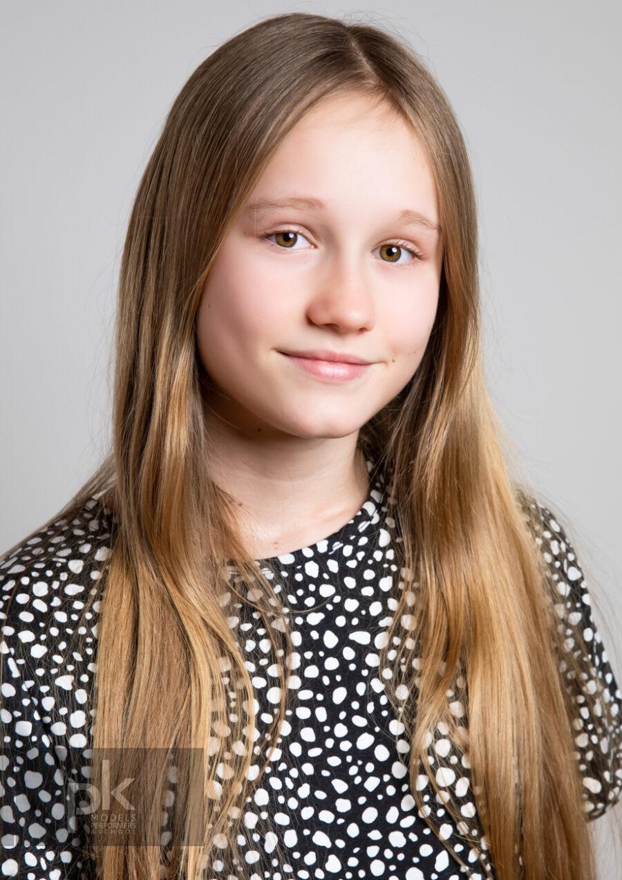 Evie T-December-1